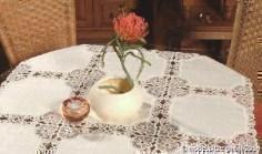 Tischdecken mit Spitze konfektioniert (mit Gewebe)