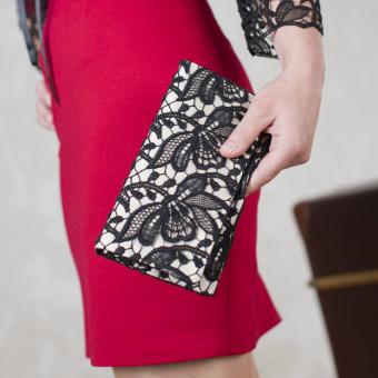 Handtasche Roxana - auf Satin Creme