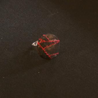 Ring Adriana - schwarze & rote Spitze