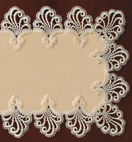 Design Nizza - 80 x 80 cm eckig mit Mitte - schmale Spitze Polyestersatin S