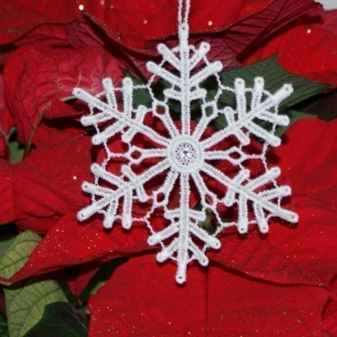 Schneekristall B mit Swarovski® Kristallen - Weiß