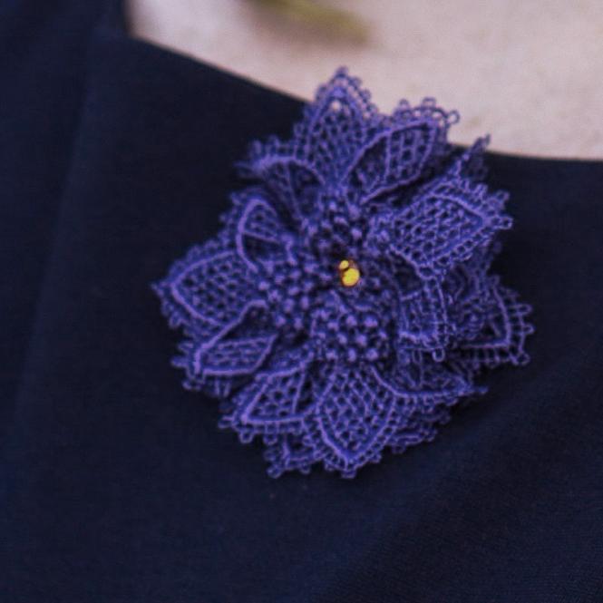 Brosche Sophie - Ultra Violet (Flieder)